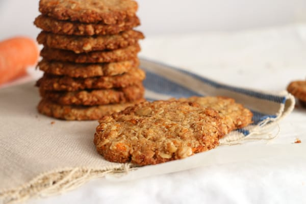 Carrot, Walnut and Oat Cookies