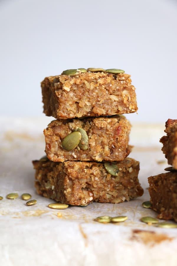 Pumpkin and Oat Breakfast Bars (gluten-free & vegan)