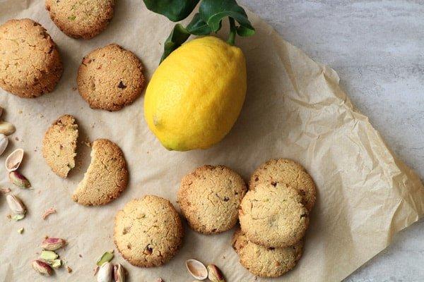 Millet, Almond and Pistachio Cookies