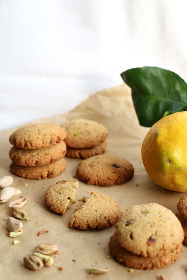 Millet, Almond and Pistachio Cookies (gluten-free & vegan)