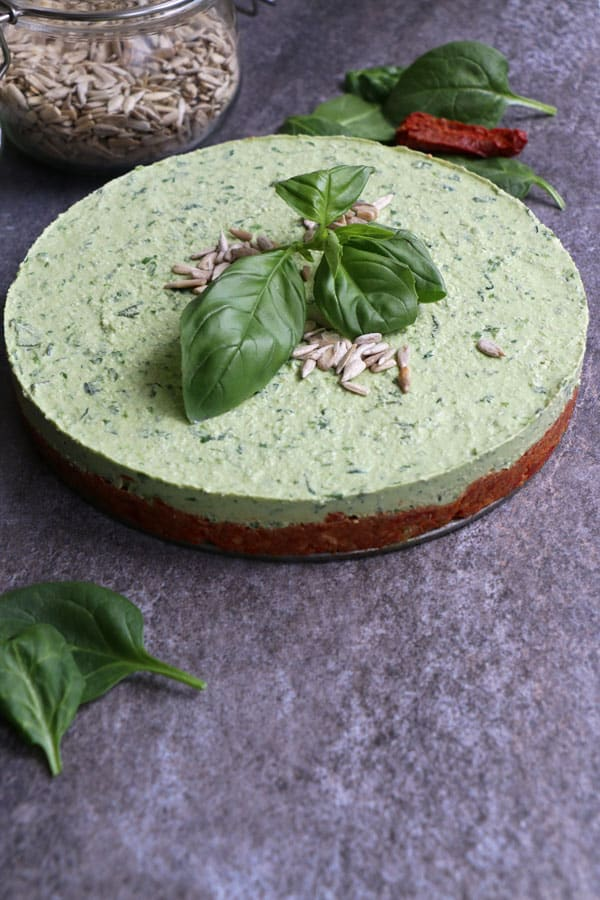 Raw Spinach Cheesecake with Sundried Tomato and Sunflower Seed Crust (grain-free & vegan)