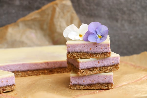 Raspberry White Chocolate Bars with Sunflower Seeds and Tahini Crust (grain-free & vegan)