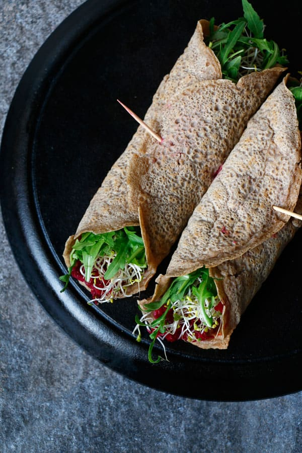 Buckwheat Teff Wraps with Beetroot Dip (gluten-free & vegan)