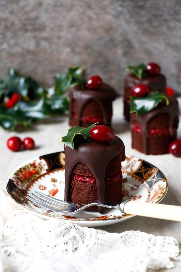 Chocolate Cranberry Christmas Mini Cakes Vegan Gluten Free Nut