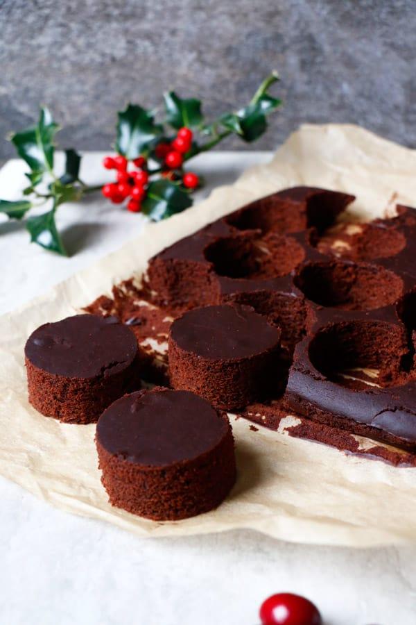 Chocolate Cranberry Christmas Mini Cakes Vegan Gluten