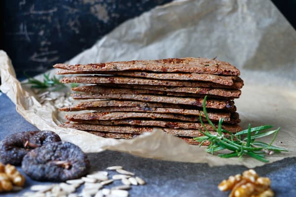 Fig Walnut Rosemary Crackers (gluten-free & vegan)