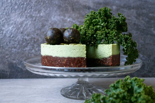 Kale Chocolate Vegan Cheesecake (grain-free)