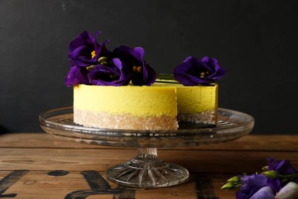Golden Milk Macadamia Cheesecake (grain-free & vegan)