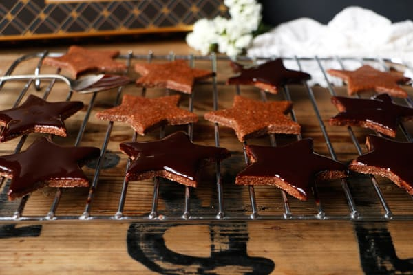 Chocolate Star Cookies (gluten-free & vegan)