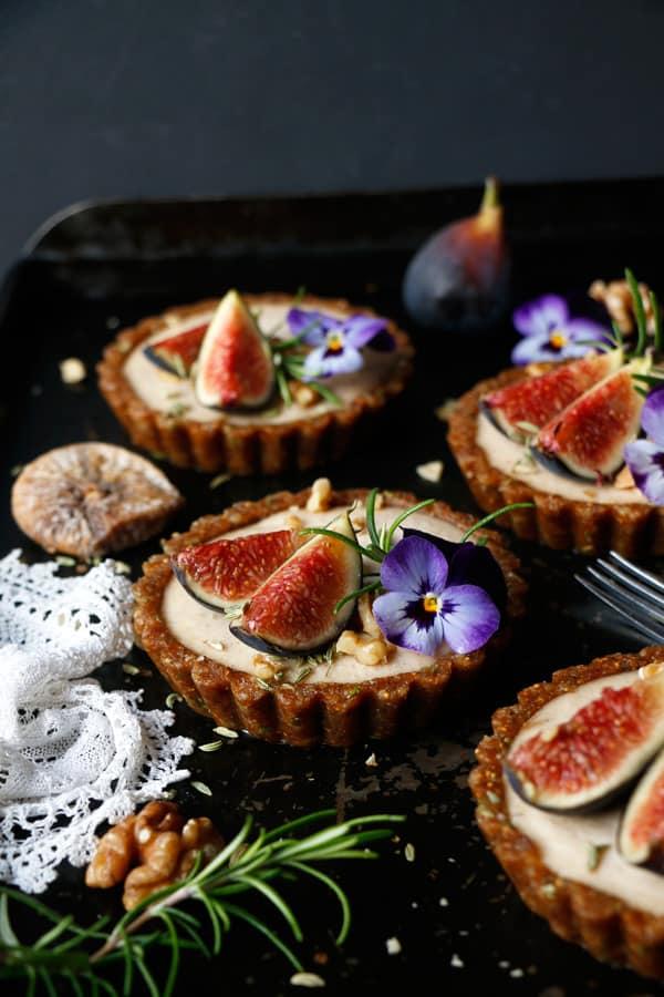 Raw Fig Walnut Cardamom Tarts (grain-free & vegan)