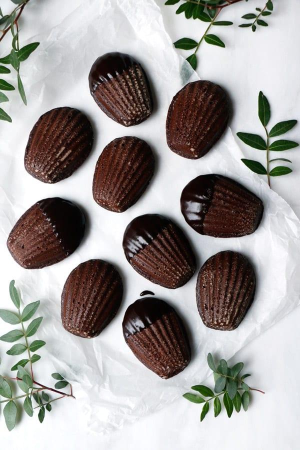 Raspberry Chocolate Madeleines (gluten-free & vegan)