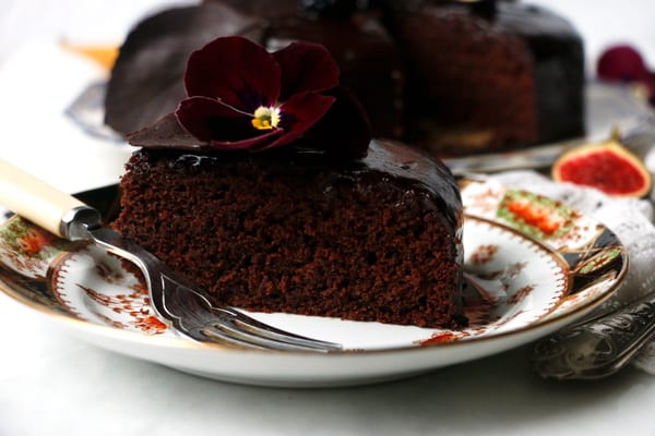 Autumn Chocolate Cake (vegan & gluten-free)