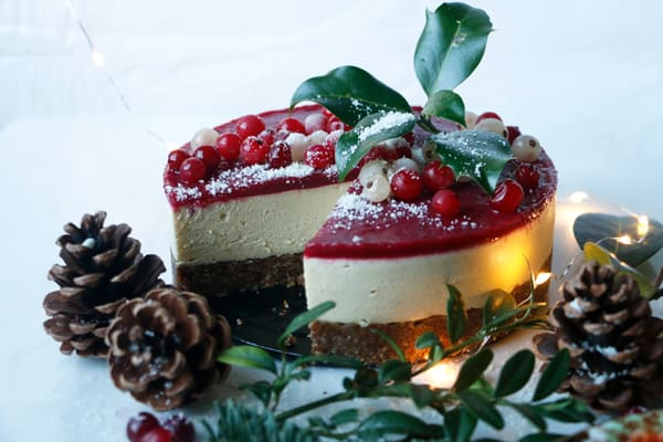 Gingerbread Cheesecake (vegan & grain-free)