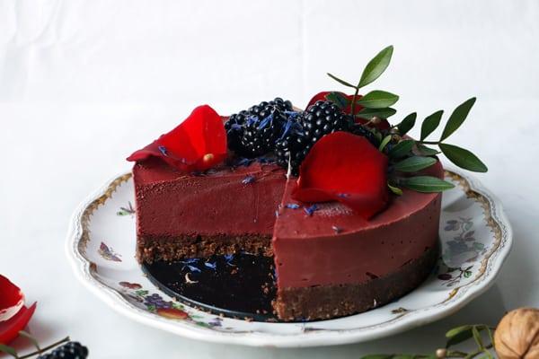 Chocolate Beet Cheesecake (vegan & grain-free)