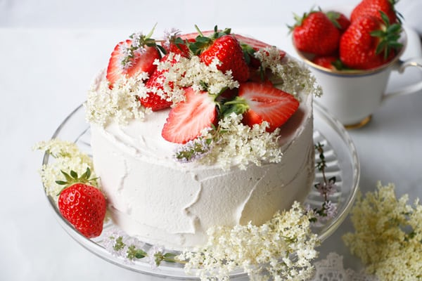Strawberry Elderflower Layer Cake (vegan & gluten-free)