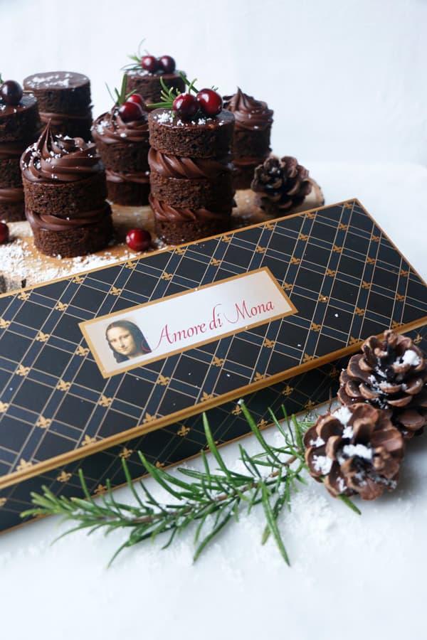 Chocolate Gingerbread Mini Cakes (vegan & gluten-free)