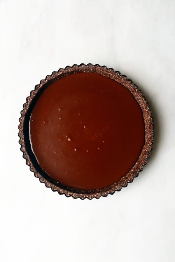 Strawberry Chocolate Tart (vegan & gluten-free)