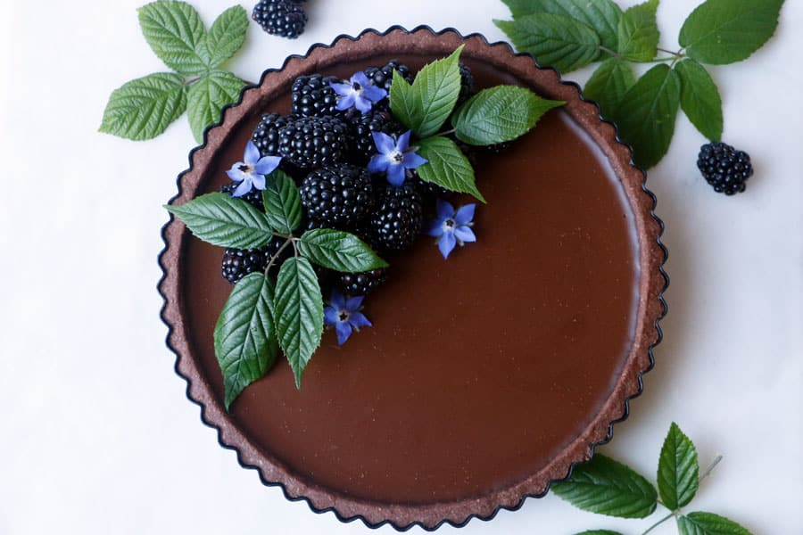 Blackberry Chocolate Cardamom Tart (vegan & gluten-free)