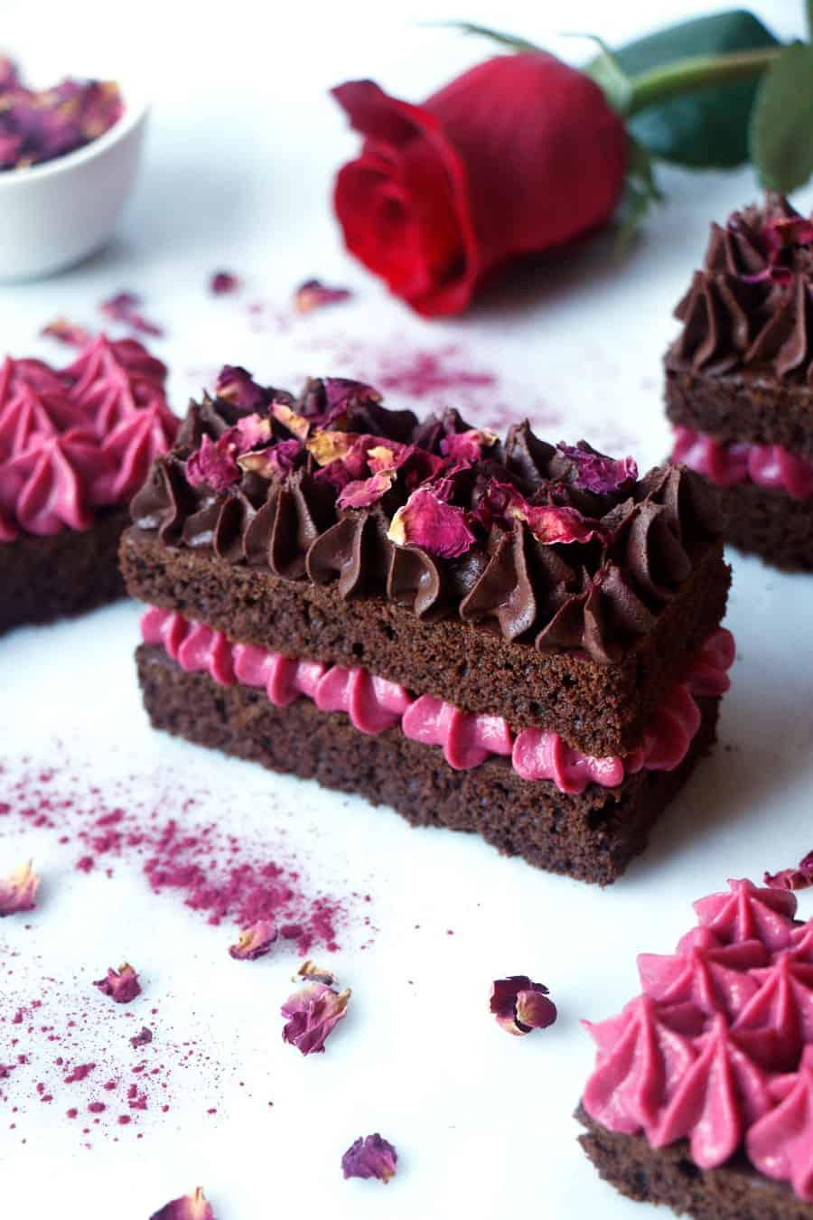 Rose Chocolate Valentine Gateau (vegan & gluten-free)